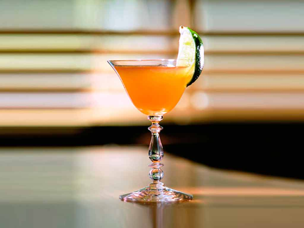 Cóctel Derby con Bourbon